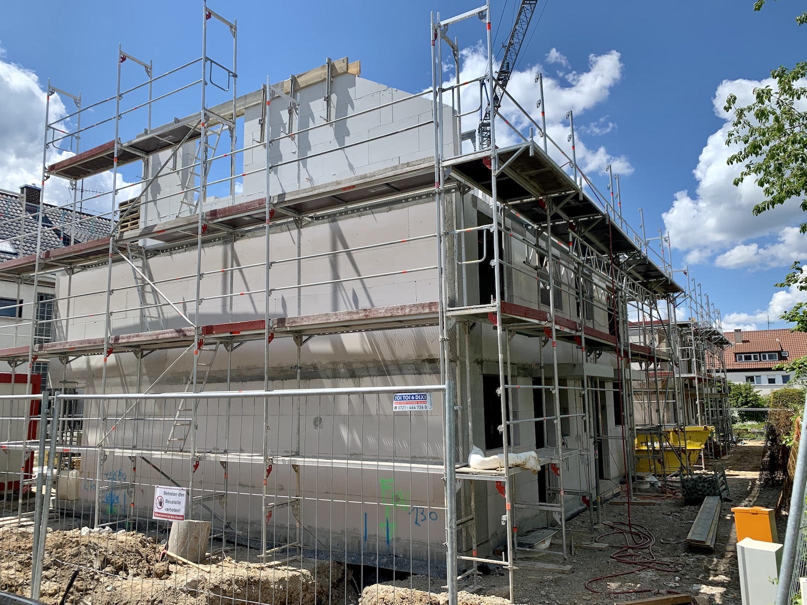 25.05.2021 - Die Obergeschossdecken wurden betoniert.